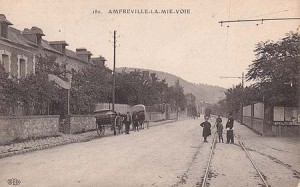 AmfrevilleAutrefois-route de paris